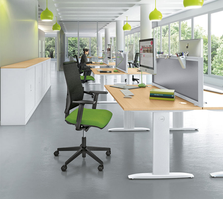 Focus Rectangular Desks