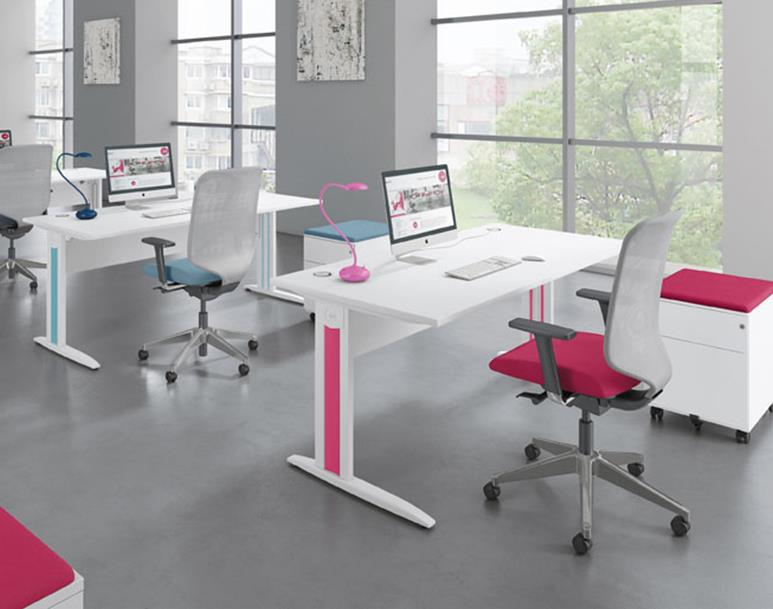 Idol Plus Rectangular Desks