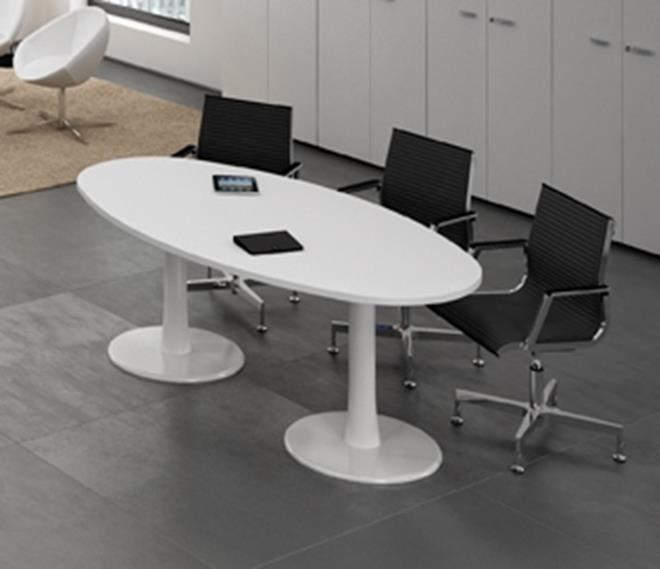Quest Meeting Room / Conference Table